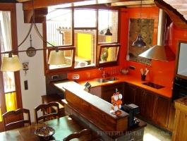 Cuina rustica taronja Freixa