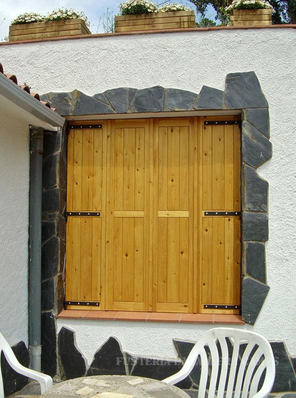 Conjunt finestres Pi tancada
