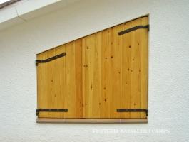 Finestra Pi porticons exterior