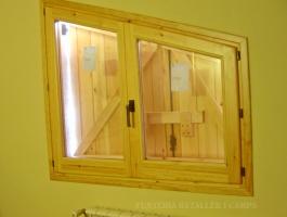 Finestra Pi porticons interior tancada 2