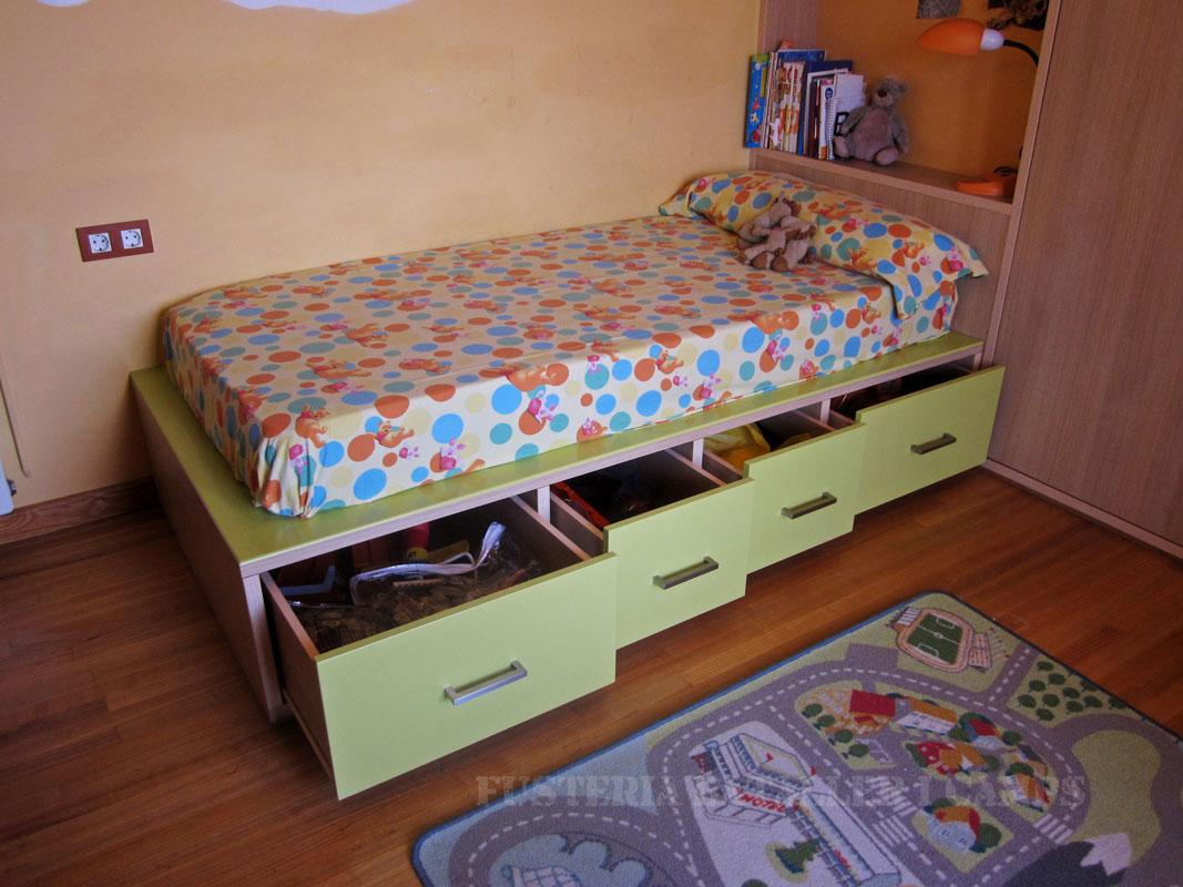 Habitacio infantil Taronja Verda Llit