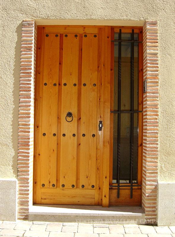 Porta entrada plafons pi 2.jpg